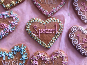 Gingerbread hearts - very decorated